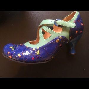 Fluevog Shoes - Fluevog Pearl Heart heels